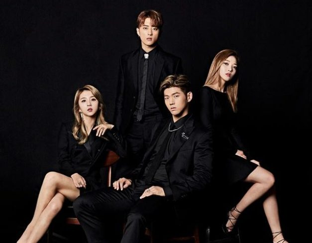 "KARD's promotional picture for ""You & Me"""