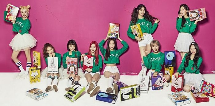 "Momoland's promotional picture for ""Great"""