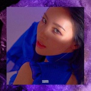 """Album art for Sunmi's album """"Heroine"""""""