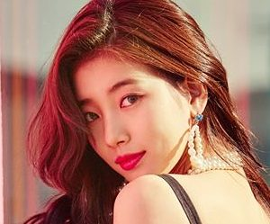 """Suzy's promotional pictture for """"Faces Of Love"""""""