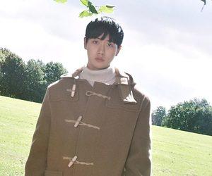 """AboutUs Jang Lee Soo """"AboutU 1st EP"""" promotional picture."""