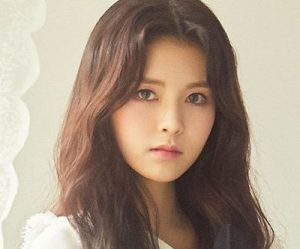 "Gugudan's Soyee promotional picture for ""Cait Sith"""