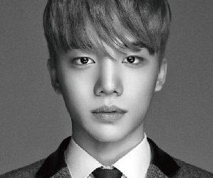 Lucente's Jong Chan pre-debut promotional picture.