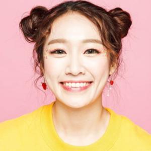 4X's former member Jaeny.