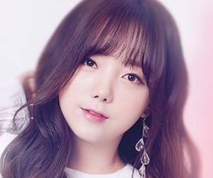 "Lovelyz Kei promotional picture for ""Cure"""