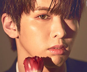 """Snuper's Taewoong promotional picture for """"Blossom"""""""