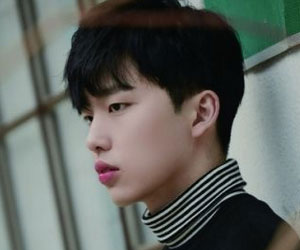 """WeAreYoung's Kyungmin promotional picture for """"Re:"""""""
