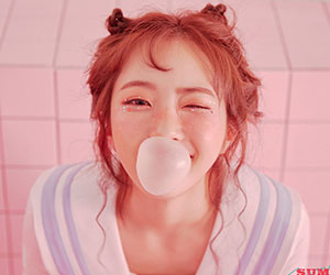 """ELRIS's Hyeseong romotional picture for """"Summer Dream"""""""