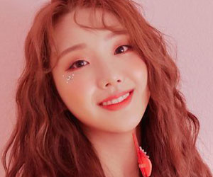 """ELRIS's Karin promotional picture for """"Summer Dream"""""""